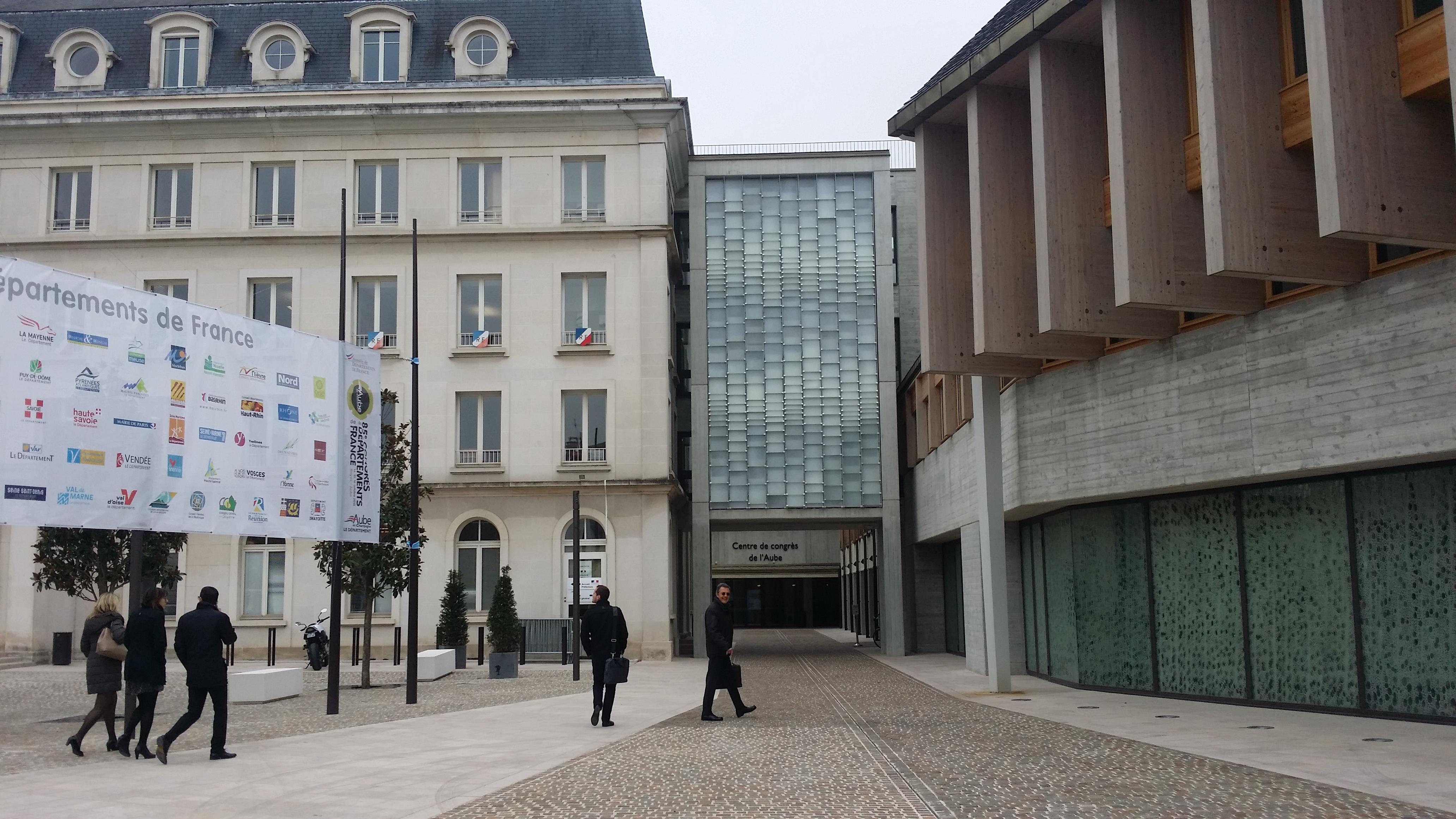 Philippe ADNOT et Dominique BUSSEREAU ouvrent le 85e Congrès des Départements de France à Troyes (Aube) sur fond de risque de non-paiement du RSA
